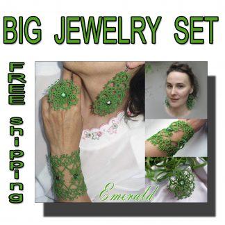 Big jewelry set Emerald