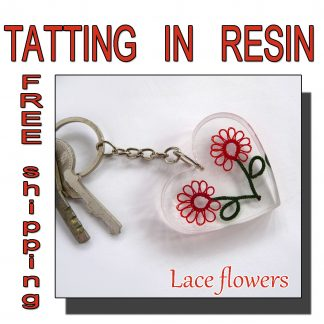 Lace flowers keychain
