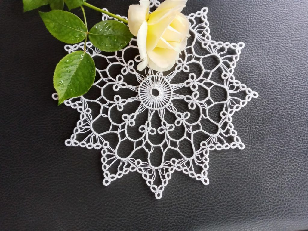 Long picot in a new doily